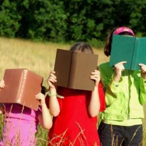 Ora de lectură în şcoli, obligatorie din toamnă