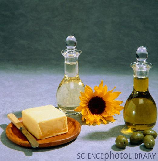 Ce mai mâncăm?  Uleiul de măsline  și uleiul de floarea soarelui