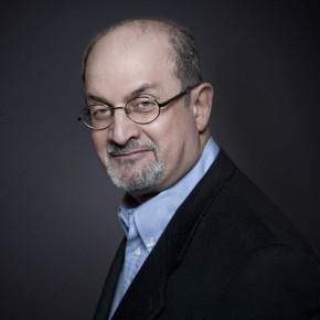 Cărţile lui Salman Rushdie apar în ediţie paperback