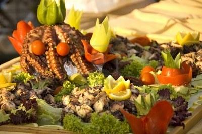 Ce mai mâncăm?  Cefalopode și ierburi marine
