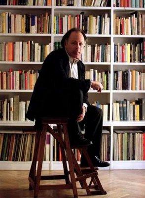 """Javier Marias: """"Nu scrii cărți ca să fii înțeles, corect?"""""""