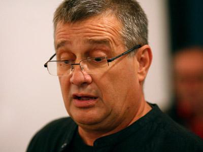Dinescu, vinul și poezia la Bookfest 2012