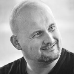 "Mihail Vakulovski: ""...dar lumea mă crede poet"""