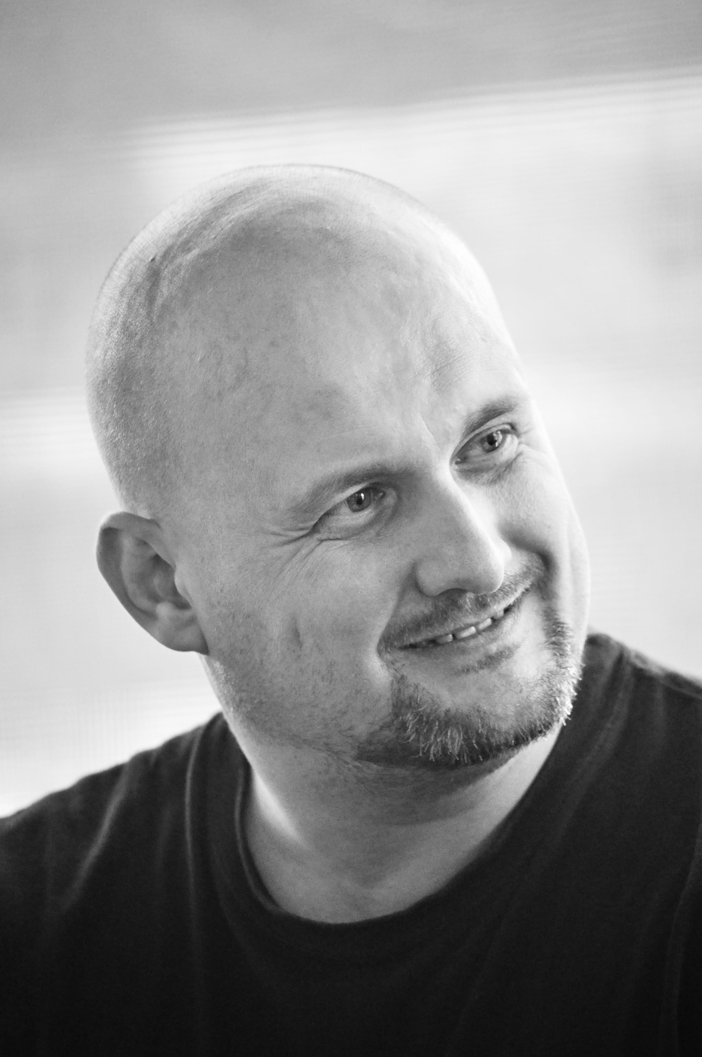 "Mihail Vakulovski: ""…dar lumea mă crede poet"""