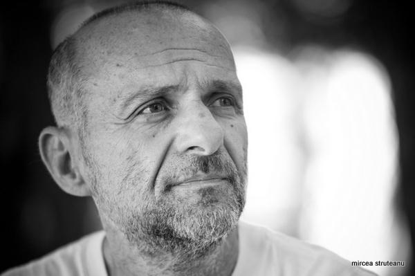 """Cronicile genocidului de Radu Aldulescu: Premiul literar """"Augustin Frăţilă"""" – romanul anului 2012"""