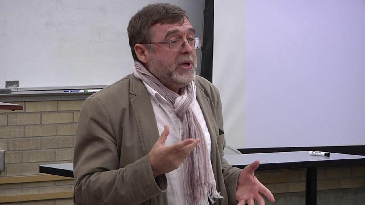 """Matei Vişniec, câştigător al Premiului literar """"Augustin Frăţilă"""", la Cafeneaua critică"""