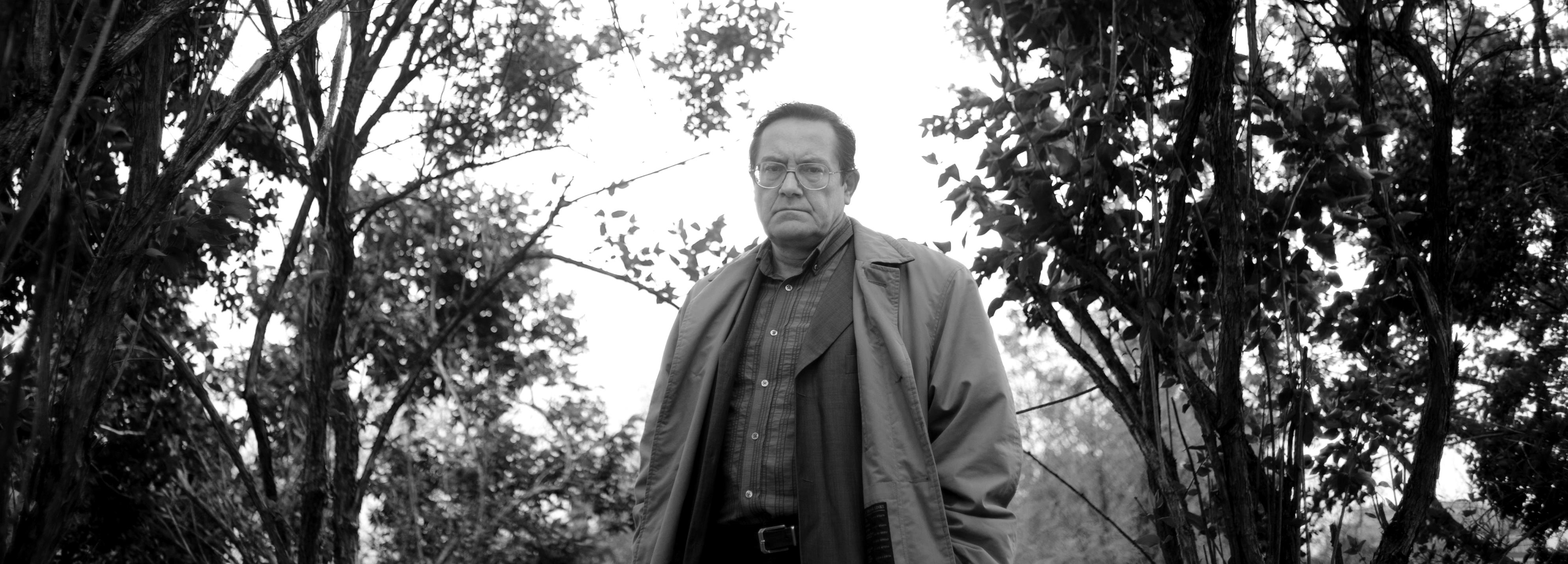 "Cristian Teodorescu: ""N-am vrut să scriu un roman mizerabilist despre tranziție"""