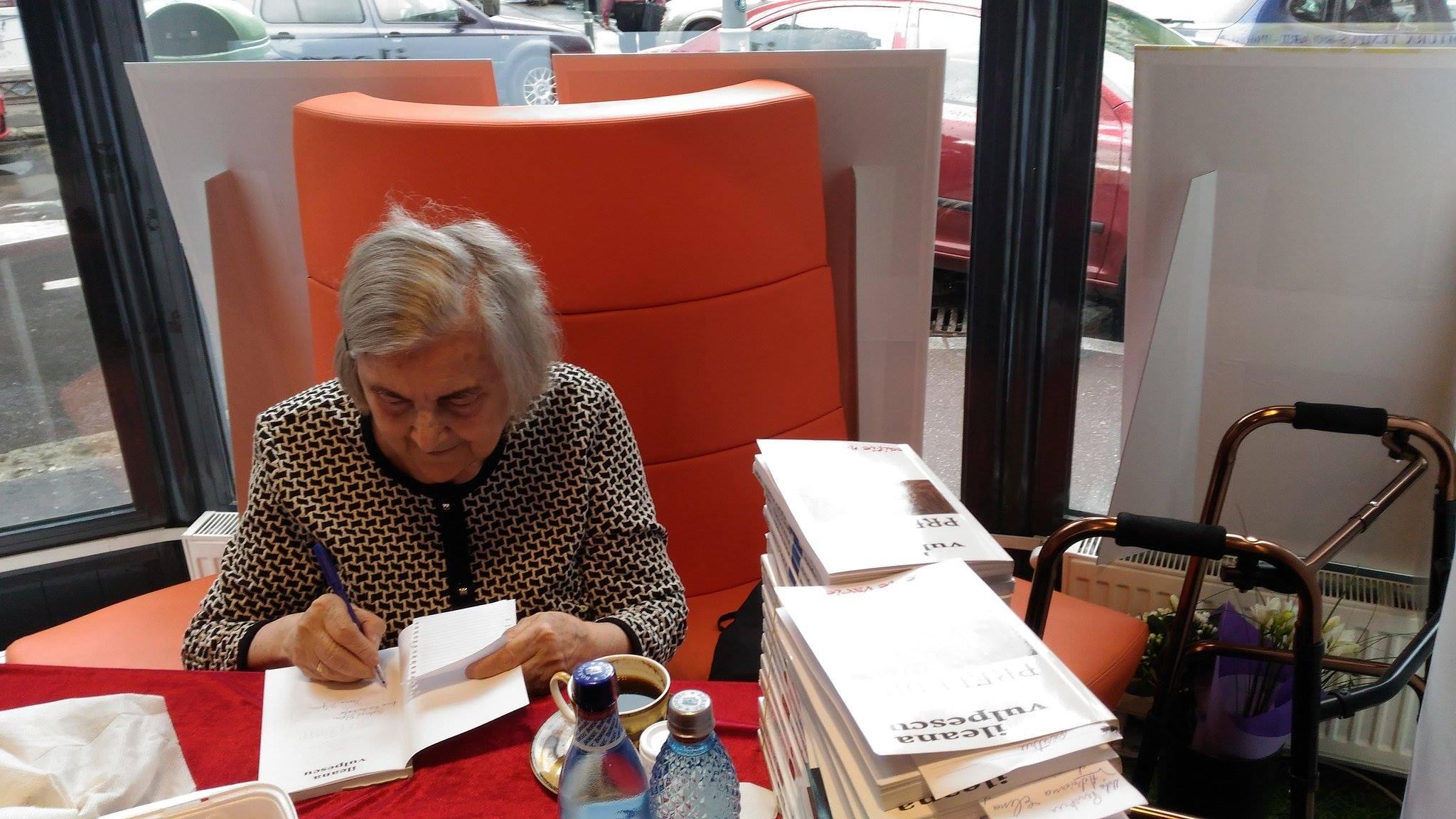 Cărțile Ilenei Vulpescu domină topul de vânzări CLB din prima parte a anului 2017